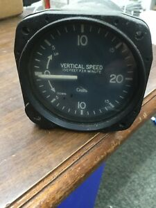 Cessna Vertical Speed Indicator Garwin P/N S-1392-N2