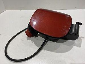 GENUINE 2011 VOLVO S60 MK2 2.0D3 6SP MAN DIESEL FUEL FLAP CAP PAINT CODE 702