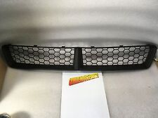 2009 PONTIAC G8 FRONT LOWER GRILLE NEW GM #  92213351