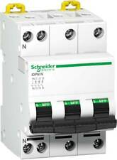 SCHNEIDER Electric Disjoncteur 20 A 230 V/AC 3P+N ref A9N21598