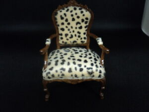 DOLLHOUSE ARM CHAIR- ANIMAL PRINT- BESPAQ- 6231NWN