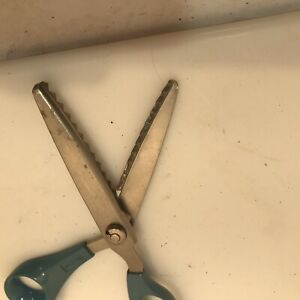 """8"""" Wiss Pinking Shears Stainless Steel No Fray Cutting Also Great for Crafts"""