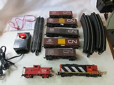 H.O. CANADIAN NATIONAL FREIGHT TRAIN SET. COMPLETE & READY TO RUN SET. EXCELLENT