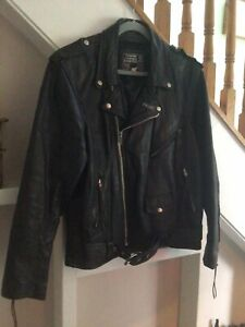 Mens Heavy Leather Biker Jacket. Fringing. Black. Size 48.