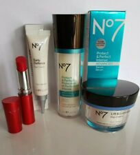BOOTS NO7 SKINCARE SET