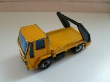 Ford Cargo Skip Truck - Matchbox - Lesney -  1986 - 1/74 - Yellow - Thailand