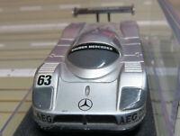 für H0 Slotcar Racing Modellbahn --  Sauber Mercedes mit Tomy Chassis in Box