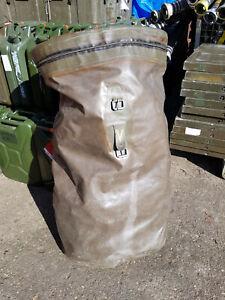 Bundeswehr großer Seesack Packsack gummiert wasserdicht sehr stabile Ausführung