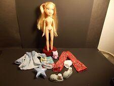BRATZ CLOE SLEEPIN' STYLE MGA DOLL CLOTHES & ACCESSORIES BZ3057