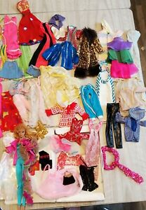 Barbie Vintage Doll, Clithing And Doll Case! 40+ Pieces! Great Asst.