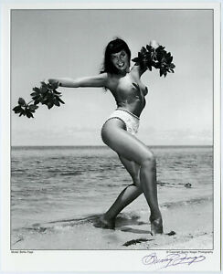 Topless Bettie Page Pin-Up Lithograph NOS Hand Signed by Bunny Yeager