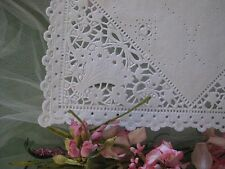 """25 PC ❤ 8"""" INCH SQUARE WHITE PAPER LACE BOW BASKET VICTORIAN WEDDING DOILY wrap"""