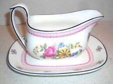 WEDGEWOOD NAOMI PATTERN GRAVY BOAT w/unttached underplate (Discontinued)