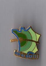 Pin's MIN de Nantes (logo du Marché d'Interet National) EGF signé CMC