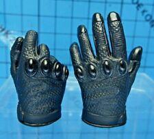 Hot Toys 1:6 DX12 The Dark Knight Rises Batman Figure - Left Open Palm + Right