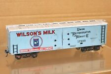 ALL NATION VINTAGE KIT BUILT WOOD O SCALE WILSONS MILK INDIANA UNION REFER WAGON