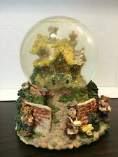 Boyds Bearly-Built Villages Bailey's Cottage Friends Make Your Home Glow