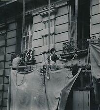PARIS c. 1954 -Peintres Ouvriers Rénovation Façades Champs Élysées- DIV 9583