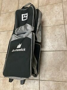 Brunswick Edge Premium 3 Ball Bowling Roller Bag Color Silver SEE PICS FREESHIP