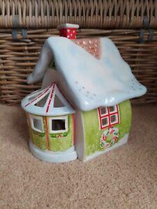 Boxed Villeroy and boch Santas Santa's salon Christmas house set