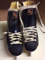 CCM Pro Lace Up Black NHL Hockey Ice Skates Men's Size 9