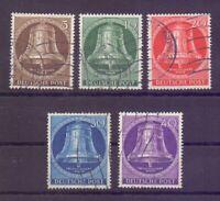 Berlin 1953 - Glocke Mitte - MiNr. 101/105 Wellenstempel - Michel 55,00 € (179)