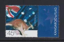 AK68 - ANIMAL KINGDOM STAMPS AUSTRALIA 2000 KANGAROO AND FLAG  MNH