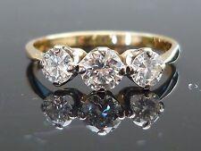 Stunning 18ct gold 0.65ct 3 Brilliant cut diamond ring HIGH QUALITY DIAMONDS
