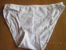 Everyday White with lace effect pattern front plain back knickers size 14/16