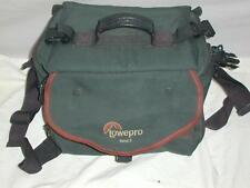 Lowepro Nova 3 green camera bag