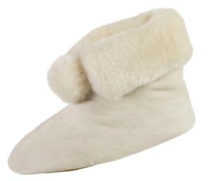 isotoner Signature Ewe Ivory Plush Velour Faux Fur Booties Slipper w/Memory Foam