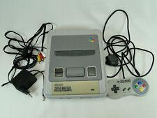 Super Nintendo SNES Konsole mit Controller und Zubehörpaket