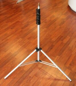 Manfrotto Light Stand (Black, 8') #33329