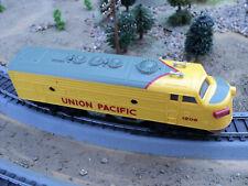 Bachmann Plus Ho scale train Locomotive UP all wheel drive
