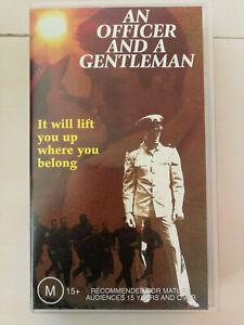 An Officer And A Gentleman - Richard Gere & Debra Winger Classic Romance VHS