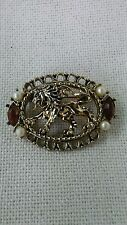 vintage broch pin faux pearl and rinestones gold tone lion