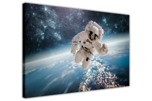 Astronaut Earth and Stars Canvas Print Wall Art Picture Space Artwork Home Deco