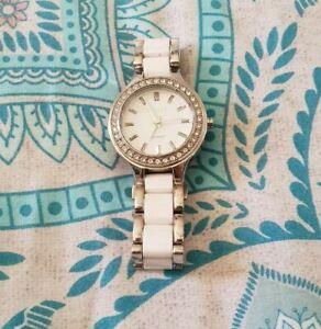 DKNY DONNA KAREN Stainless Steel Silver Watch Diamonte Swarovski Crystals C17