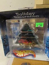 """Hot Wheels Holiday Decoration Green Tree with Red Car """"Curly"""""""