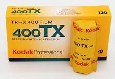 Kodak TRI-X 400 un film en 120, utilisable jusqu'à août 2018