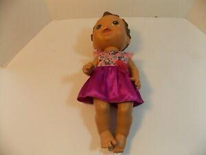 Hasbro Baby Alive Doll  2011 Dark Brunette c-078a