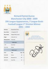 RICHARD DUNNE MANCHESTER CITY 2000-2009 ORIGINAL AUTOGRAPH CUTTING/CARD
