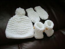 hand knitted baby hat, booties and mittens 0 - 3 months