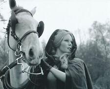 VERONICA CARLSON UNSIGNED PHOTO - 4044 - FRANKENSTEIN & DRACULA