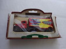 Vanguards Lledo 1/76 Robert Brothers Circus 1935 FORD 3 T ARTICULATED TRUCK