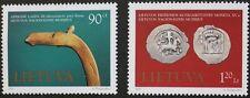 Museo espone FRANCOBOLLI, 1997, Lituania, SG RIF: 649 & 650, 2 Set di francobolli, Gomma integra, non linguellato