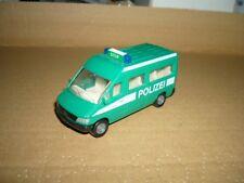 SIKU Mercedes Benz POLIZEI Kleinbus 0804 grün