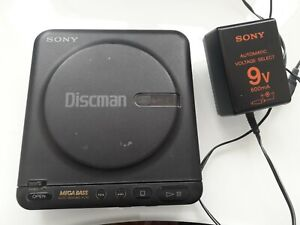 Vintage SONY Discman D-22 Excellent Working MEGA BASS Portable CD Player JAPAN