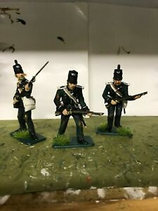 3 x BRITISH 95TH RIFLES ITALERI  WATERLOO 1815  1/32nd FIGURES