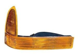 Turn Signal / Parking Light Assembly Front Right Maxzone 331-1638R-US